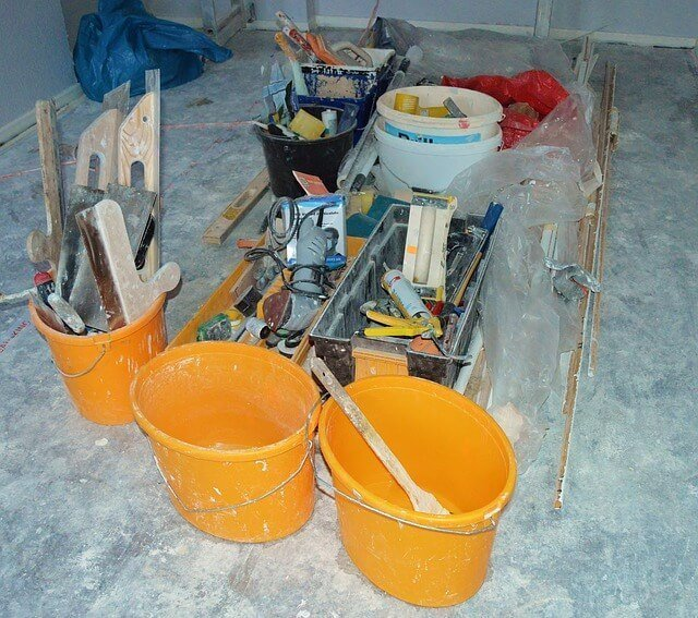 Jak najłatwiej zacząć pracę w budowlance?