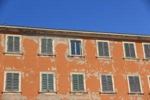 facade-734124_1280